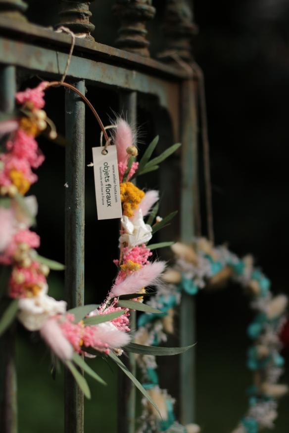 couronne de fleurs murale hosta