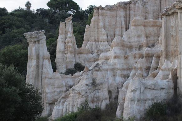orgues d'ille sur têt, paysage, visite, cheminées de fée, pyrénées orientales